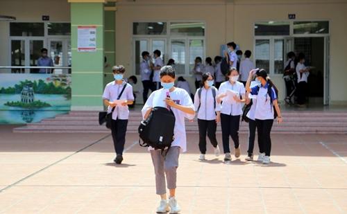Quảng Ninh Hỗ trợ 100 học phí mầm non, phổ thông năm học 2021-2022