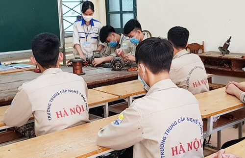 19 nhóm đối tượng được miễn học phí học tập