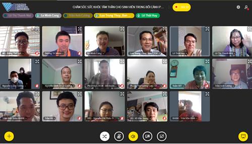 Tọa đàm trực tuyến chia sẻ kinh nghiệm về công tác tiếp nhận tân sinh viên