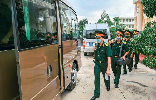 Bộ CHQS Đồng Tháp Vững tư tưởng, đồng lòng chống dịch