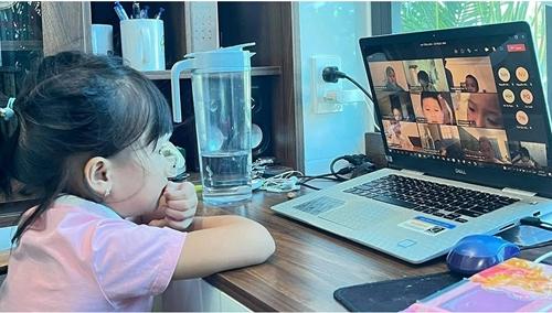 Hà Tĩnh tạm dừng phương án học trực tuyến đối với cấp tiểu học