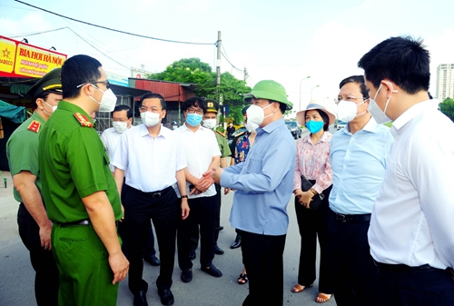 Bí thư Thành ủy Hà Nội Tạo đồng thuận, tổ chức phân vùng phòng, chống dịch hiệu quả
