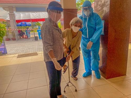 Áo xanh xứ dừa tình nguyện mùa COVID-19