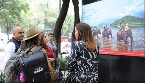 Triển lãm ảnh Việt Nam - Cuốn hút bất tận thu hút bạn bè quốc tế tại Mexico