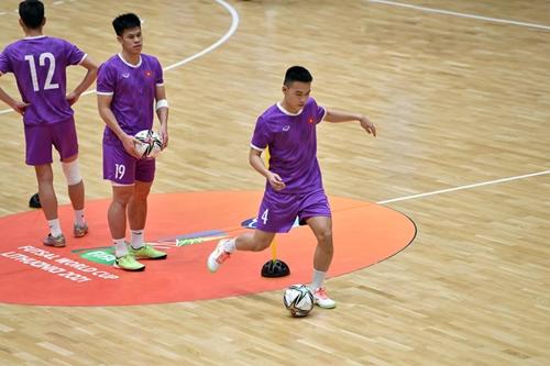 ĐT futsal Việt Nam nâng cao bản lĩnh thi đấu khi giáp mặt với các đối thủ mạnh