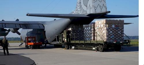 Tiếp nhận 8 tấn thiết bị y tế chính phủ Ba Lan hỗ trợ TP Hồ Chí Minh chống dịch