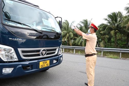 Hậu Giang thực hiện đồng bộ các giải pháp đảm bảo trật tự an toàn giao thông