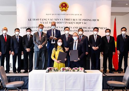 T T Group và Ørsted hợp tác đầu tư 30 tỷ USD phát triển điện gió ngoài khơi tại Việt Nam