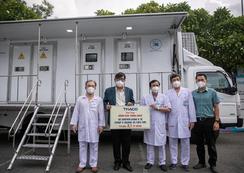 THACO tiếp tục sản xuất xe chuyên dụng y tế chụp X-quang và siêu âm lưu động