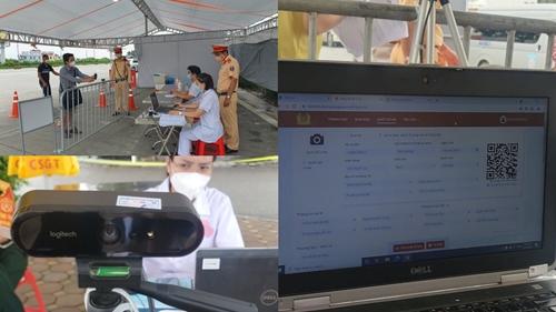 Người dân lưu ý gì khi quét mã QR ở chốt kiểm soát cửa ngõ ra vào Hà Nội