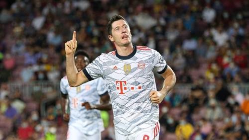 Bayern dễ dàng đánh sập Camp Nou