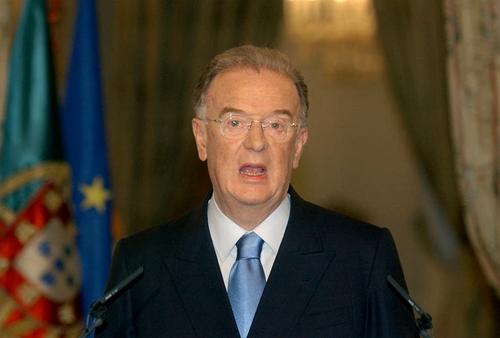 Điện chia buồn cựu Tổng thống Bồ Đào Nha Jorge Sampaio từ trần