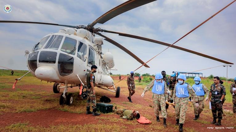 Diễn tập vận chuyển cấp cứu bằng đường không trên thực địa tại Nam Sudan