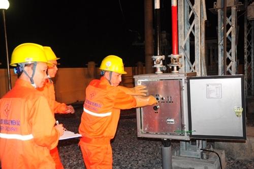 Điện lực Miền Bắc giảm tỉ lệ tổn thất điện năng xuống còn 4,58