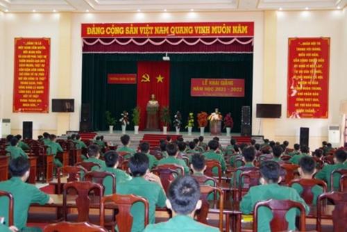 Trường quân sự Quân khu 9 khai giảng năm học mới