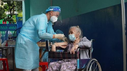 TP Hồ Chí Minh ghi nhận thêm 4 237 ca nhiễm mới