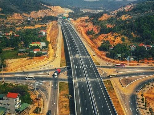 Đẩy nhanh công tác triển khai các dự án thành phần trên tuyến cao tốc Bắc - Nam phía Đông