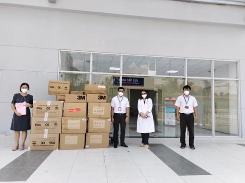 Điện lực TP Hồ Chí Minh góp sức cùng ngành Y tế đẩy lùi dịch bệnh COVID-19
