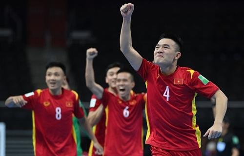 Tuyển futsal Việt Nam vào vòng 1 8 World Cup