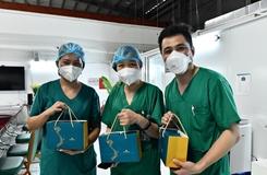 Gần 30 000 bánh Trung thu gửi tặng lực lượng y tế miền Nam