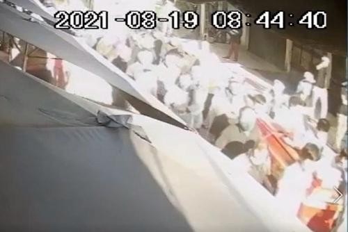 Hà Nội Kỷ luật cảnh cáo Chủ tịch, Phó Chủ tịch xã vì để đám tang tập trung đông người