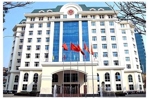Kỷ luật Phó Cục trưởng Cục Thuế tỉnh Bình Định đi đánh golf bất chấp lệnh giãn cách