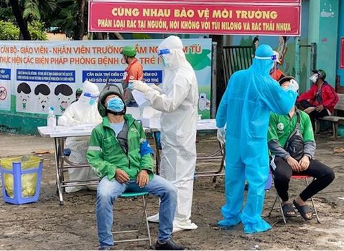 TP Hồ Chí Minh Trạm y tế lưu động ngừng xét nghiệm cho shipper từ ngày 22 9