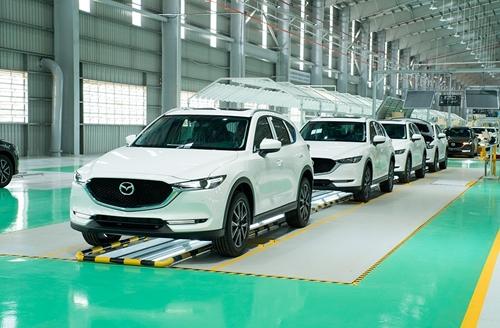 Xử lý kiến nghị về gia hạn nộp thuế, giảm lệ phí trước bạ ô tô sản xuất, lắp ráp trong nước
