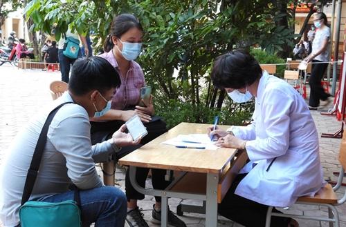 Hà Nam Giảm 14 ca dương tính SARS-CoV-2 so với ngày 26 9