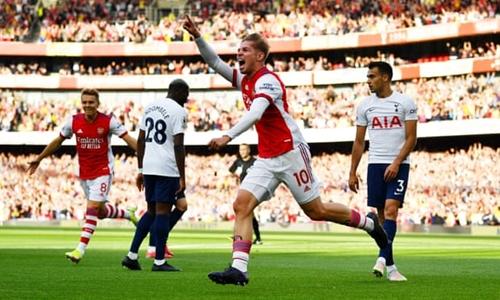 Đè bẹp Tottenham, Arsenal thắng 3 trận liên tiếp