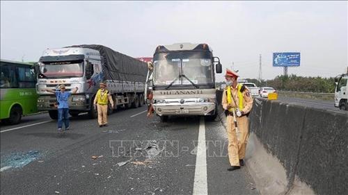 Chín tháng có 8 161 vụ tai nạn giao thông, 4 175 người tử vong