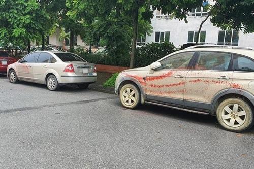 Cố ý tạt sơn lên xe ô tô có thể bị phạt kịch khung 20 năm tù