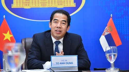 Việt Nam đề nghị Serbia tiếp tục xem xét chuyển giao công nghệ sản xuất vắc-xin