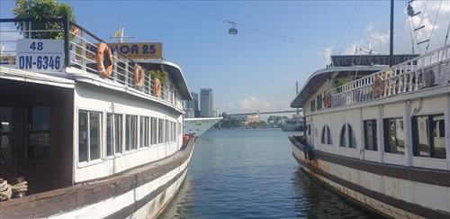 Quảng Ninh thí điểm dịch vụ ăn uống trên tàu du lịch