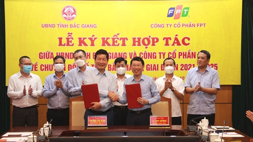 UBND tỉnh Bắc Giang và Công ty cổ phần FPT ký kết hợp tác chuyển đổi số
