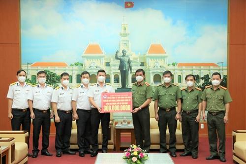 Tân cảng Sài Gòn hỗ trợ Công an TP Hồ Chí Minh phòng, chống dịch COVID-19