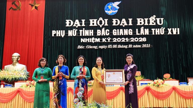 27 đồng chí được bầu vào Ban Chấp hành Hội LHPN tỉnh Bắc Giang khoá XVI