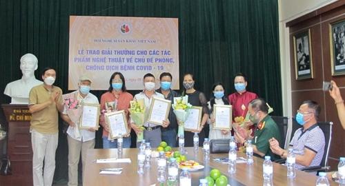 66 tác phẩm nghệ thuật đoạt giải thưởng về phòng, chống dịch COVID-19