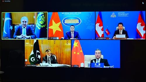 Tăng cường đoàn kết, lòng tin, hợp tác vì hoà bình và phát triển