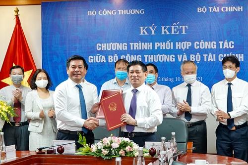 Tăng cường hợp tác giữa Bộ Tài chính và Bộ Công Thương