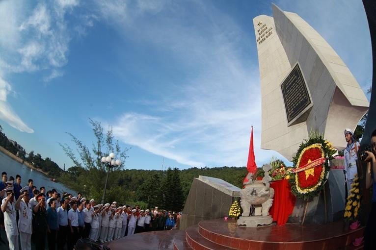 """Bài 3 Phát huy tinh thần, giá trị """"Đường Hồ Chí Minh trên biển"""" trong giai đoạn hiện nay"""