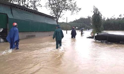 Các tỉnh từ Nghệ An đến Quảng Nam chủ động ứng phó với mưa lớn, ngập lụt, lũ quét