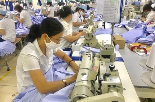 Các khu công nghiệp nối lại chuỗi sản xuất nhằm đảm bảo đơn hàng