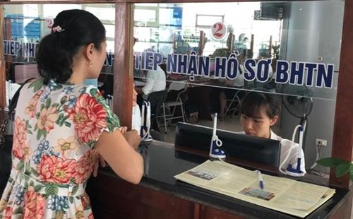 BHXH Việt Nam hướng dẫn xác định đối tượng hưởng hỗ trợ từ quỹ BH thất nghiệp
