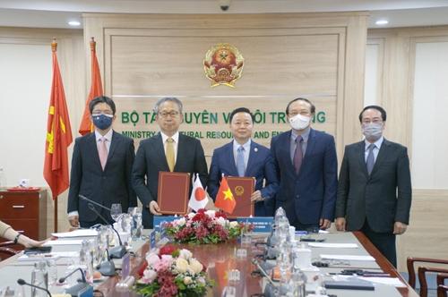 Việt Nam - Nhật Bản Đẩy mạnh hợp tác về tăng trưởng các-bon thấp