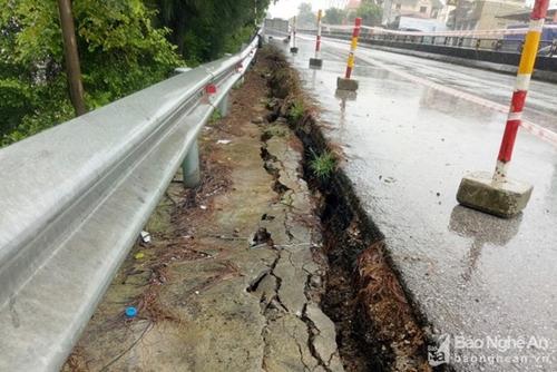 Ảnh hưởng mưa lũ tiếp tục gây thiệt hại tại nhiều địa phương