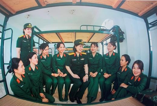 Tự hào hình ảnh người nữ quân nhân