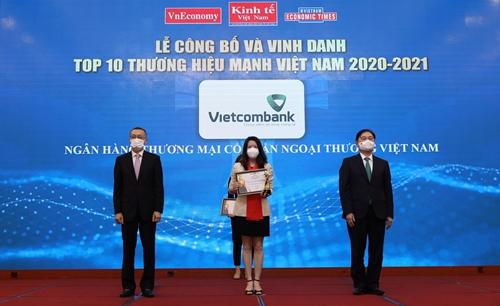 Vietcombank - Top 10 Thương hiệu mạnh Việt Nam năm 2020 - 2021