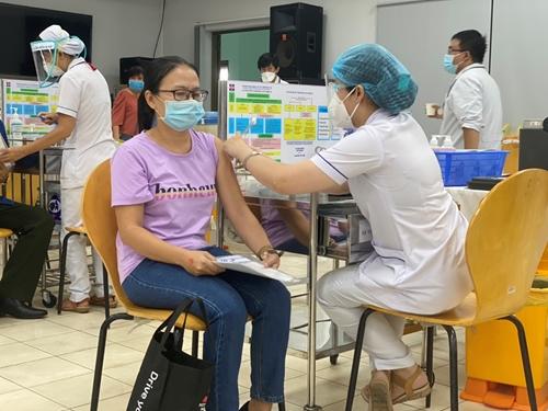 TP Hồ Chí Minh Số ca mắc và tử vong do COVID-19 giảm mạnh