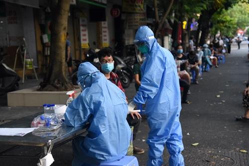 Hà Nội ghi nhận 15 ca dương tính với SARS-CoV-2, đều đã được cách ly